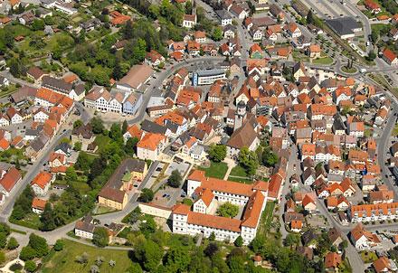 Luftbild mit Schloss