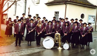Musikkapelle Menningen bei der Erstkommunion am 5. April 2008